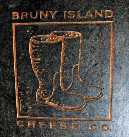 A Guide to the Fantastic Food on Bruny Island Tasmania compassandfork.com