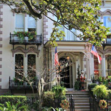 Savannah will Romance You with its Charm www.compassandfork.com