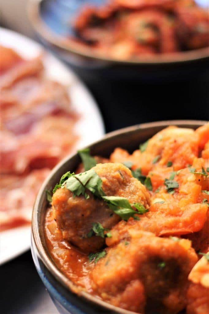 How to Make Spanish Albondigas An Easy Meatball Recipe www.compassandfork.com